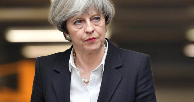 Theresa May pierde la mayoría absoluta en Reino Unido